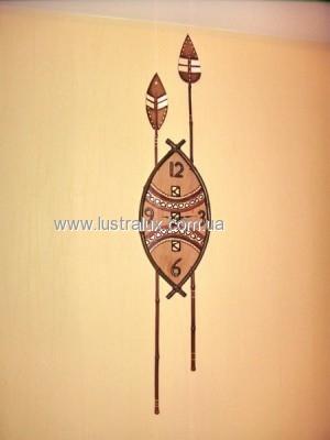 Часы бамбук Щит и копья Африка